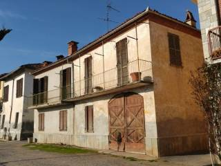 Photo - Building due piani, to be refurbished, Bene Vagienna