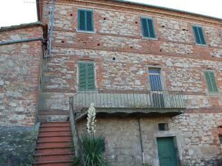 Foto - Einfamilienhaus 204 m², Renovierung notwendig, Pineta, Castiglione del Lago