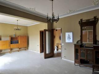 Foto - Appartamento da ristrutturare, secondo piano, Partanna
