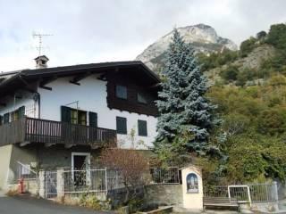Foto - Villa frazione Conoz 8, Chatillon