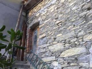 Foto - Casa indipendente Casa Indipendente in vendita salita pietrafitta 7,, Avegno