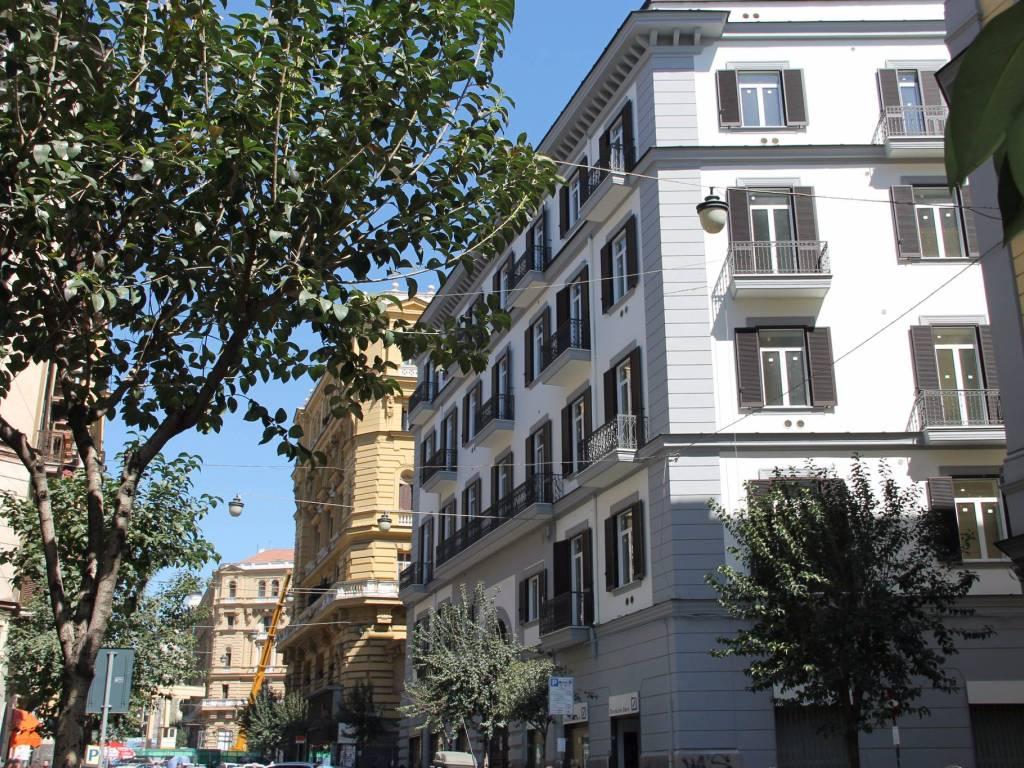 foto Esterno 1 Bilocale via Duomo 305, Napoli