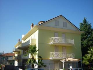 Foto - Appartamento nuovo, secondo piano, Centro città, Ascoli Piceno