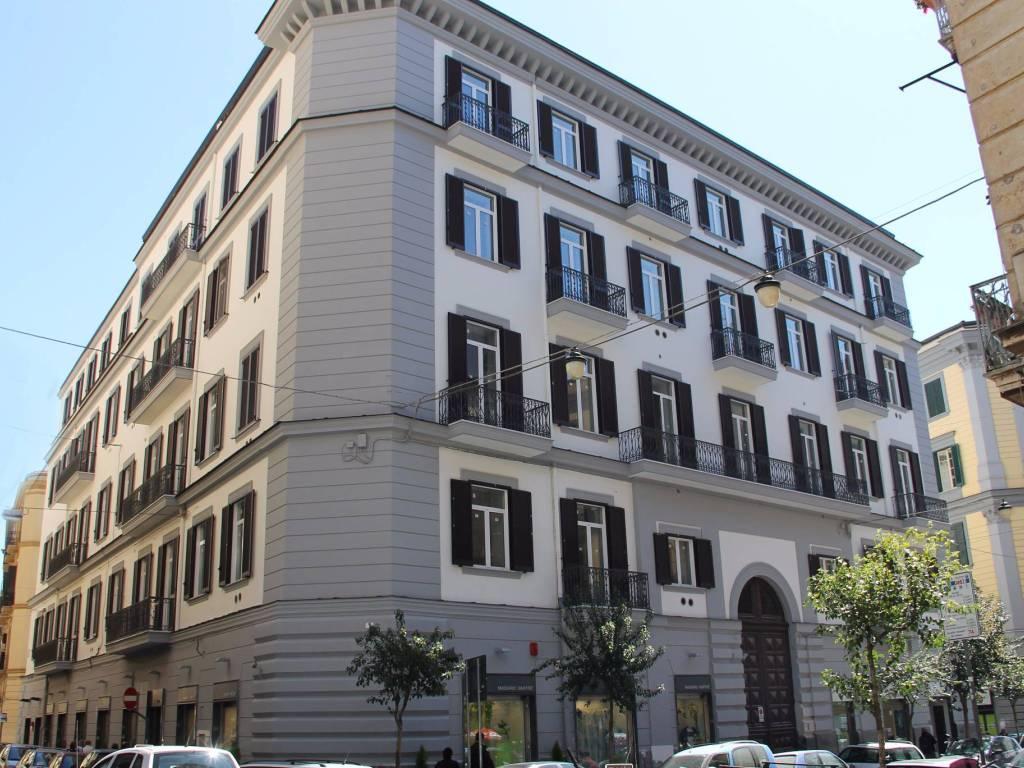 foto Esterno 1 Monolocale via Duomo 305, Napoli