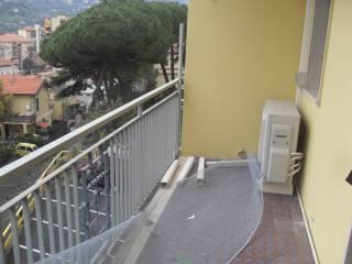 Foto - Bilocale buono stato, secondo piano, Ventimiglia