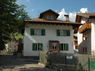 Foto - Casa indipendente piazza del Malgher 3-4, Pozza Di Fassa