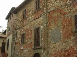 Foto - Casa indipendente loc  Pieve a Presciano piazza Sandro di Jacopo Ghezzi 2, Pieve A Presciano, Pergine Valdarno
