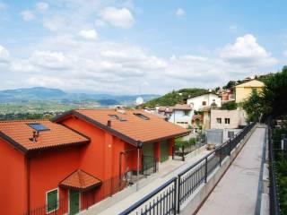 Foto - Villetta a schiera 5 locali, nuova, Arbizzano-santa Maria, Negrar