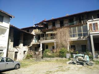 Photo - Country house via degli Orti, Palazzo Canavese