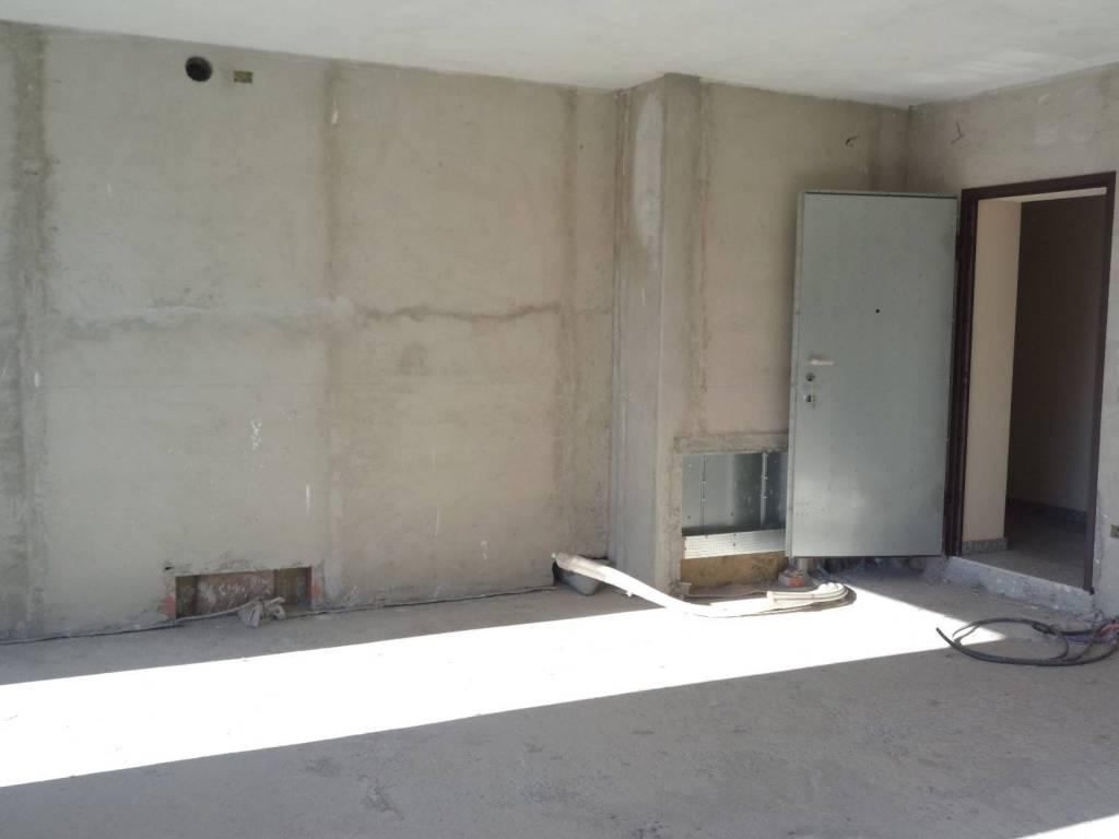 foto interno 3-room flat new, second floor, Fino Mornasco