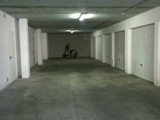 Garage/Box Auto in Vendita: Pescara Box / Garage via Nazionale Adriatica Nord 299, Santa Filomena, Pescara