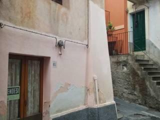 Foto - Quadrilocale via Luciano Manara, Francavilla di Sicilia