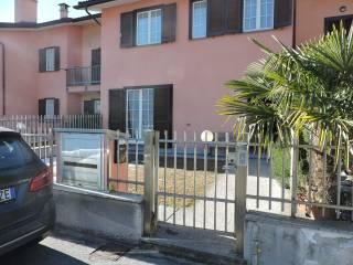 Foto - Villetta a schiera via Gianfranco Contini 35, Domodossola
