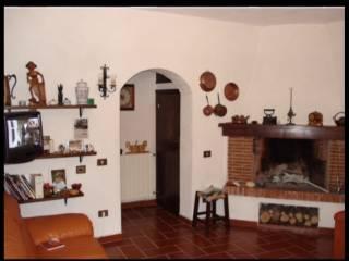 Foto - Casa indipendente via Castiglione, Riofreddo
