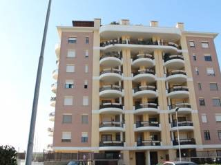 Foto - Trilocale nuovo, primo piano, Vicerè, Pomezia