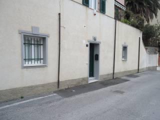 Foto - Trilocale via Laiolo 11, Spotorno