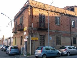 Foto - Palazzo / Stabile due piani, da ristrutturare, Quartiere Americano, Messina