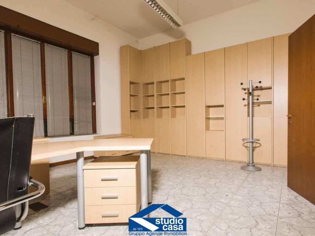 foto ufficio1 Ufficio in Vendita a Legnano
