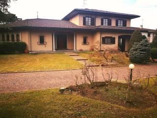 Foto - Villa via Giovanni XXIII 23, Buguggiate