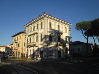 Foto - Quadrilocale viale Giovanni Pacini 43, Arancio, Lucca
