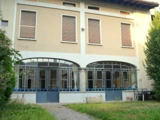 Foto - Casa indipendente via Guglielmo Marconi 5, Paderno Franciacorta