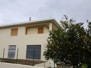Foto - Palazzo / Stabile due piani, buono stato, Siniscola