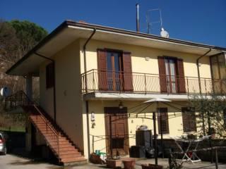 Foto - Trilocale via Pennini, Avellino