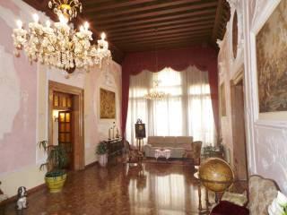 Foto - Appartamento Ramo Secondo Bon 5370, Santi Apostoli - San Canciano, Venezia
