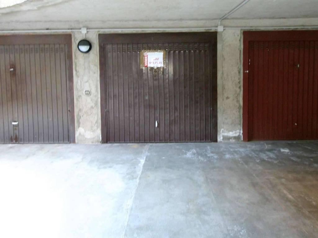 foto box Box / Garage via Veneto 2, Bernareggio