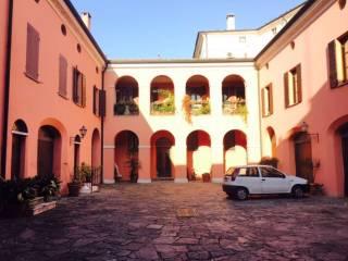 Foto - Palazzo / Stabile piazza piazza San Leonardo, Centro città, Mantova