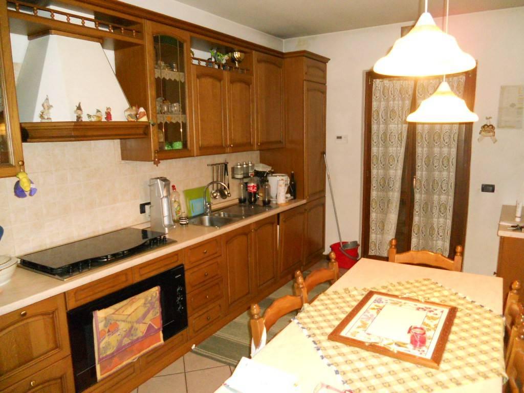 foto cucina Terraced house, good condition, Brentino Belluno