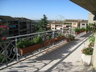 Foto - Appartamento buono stato, sesto piano, Giustiniana, Roma
