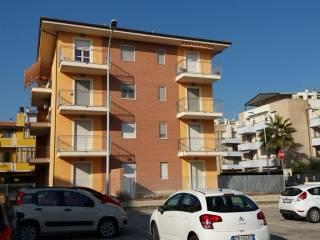 Foto - Trilocale via Monti della Laga, Porto D'ascoli, San Benedetto Del Tronto