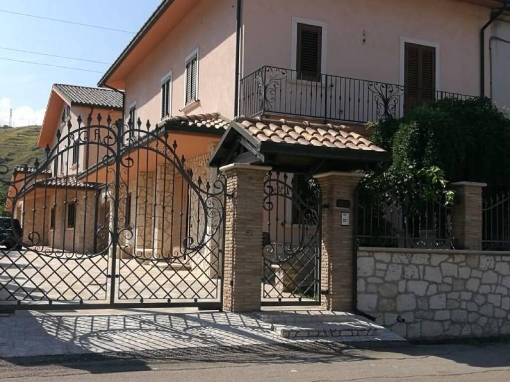 foto  Villa via pescarina, Turrivalignani