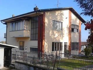 Foto - Casa indipendente Strada Asti, Casale Monferrato