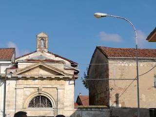 Foto - Palazzo / Stabile via Canonico Bertolone, Caresana