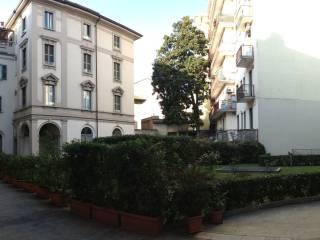 Foto - Trilocale ottimo stato, secondo piano, Tribunale, Milano