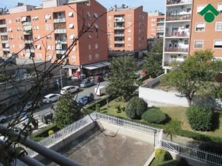 Foto - Quadrilocale buono stato, terzo piano, Torraccia, Roma