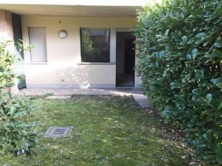 Foto - Trilocale via IV Novembre, Cantù