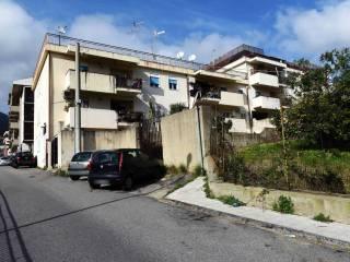 Foto - Quadrilocale buono stato, primo piano, Santissima Annunziata, Messina