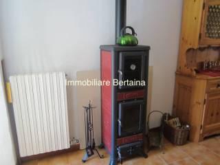 Foto - Casa indipendente via Umberto I, Vernante