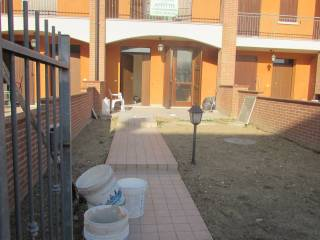 Foto - Villetta a schiera 4 locali, buono stato, Roverbella