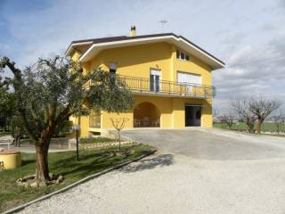 Foto - Casa colonica, buono stato, 575 mq, Recanati