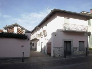 Foto - Rustico / Casale via Roma 1, Morimondo