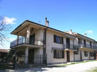 Foto - Casa indipendente 200 mq, ottimo stato, Altavilla Monferrato