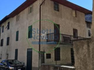 Foto - Casa indipendente via Trento 47, Castelnuovo