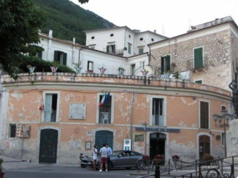 foto piazza 4-room flat via Piave, San Donato Val di Comino