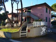 Foto - Trilocale ottimo stato, primo piano, Rosignano...