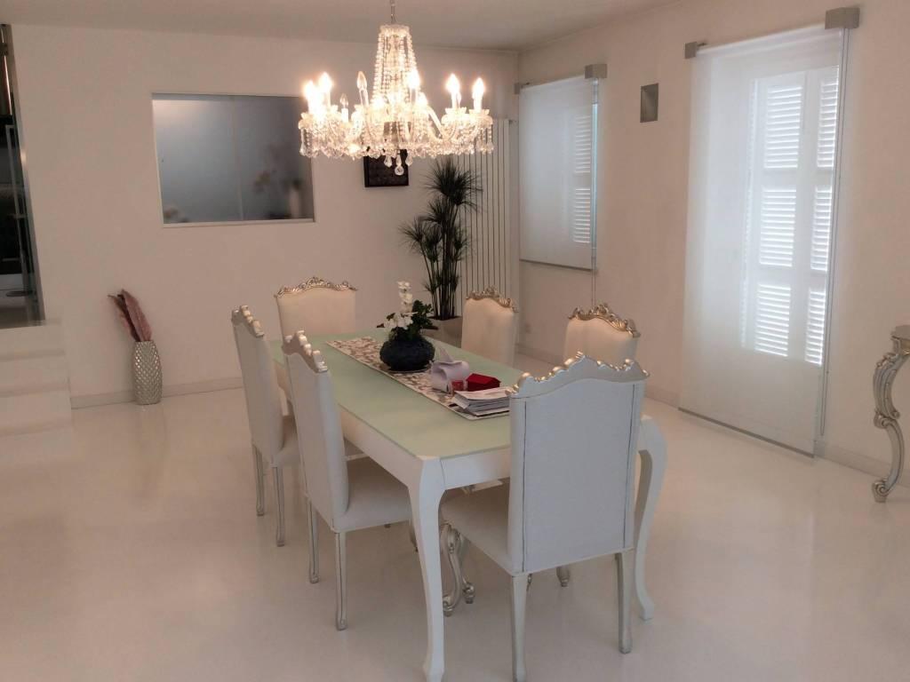 foto sala da pranzo Villa via Provinciale, Strambinello
