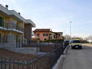 Foto - Trilocale nuovo, Isolata, Vigasio